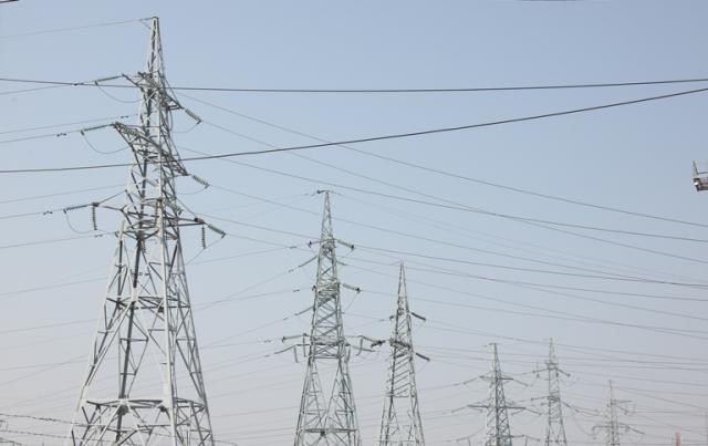 Atnaujinamos aukštos įtampos elektros linijos