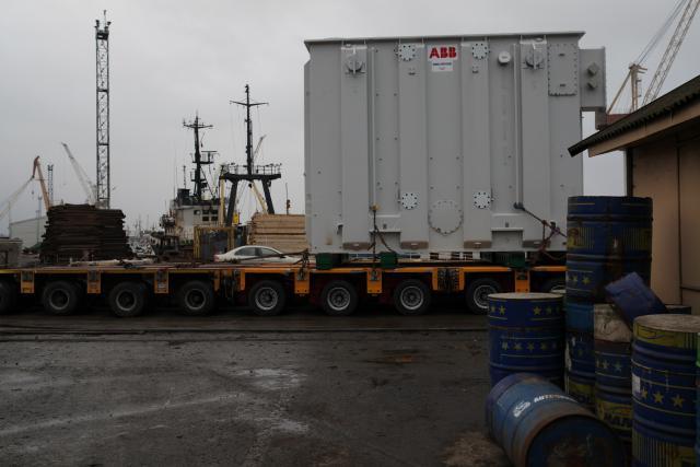 Two NordBalt transformers unloaded at the port of Klaipėda
