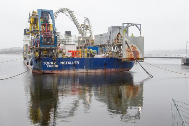 """Baltijos jūroje pradedami tiesti paskutiniai 150 kilometrų """"NordBalt"""" kabelio"""