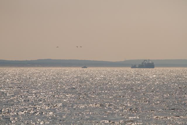 """Netrukus ant Baltijos jūros dugno bus paguldyti paskutiniai 50 kilometrų """"NordBalt"""" kabelio"""