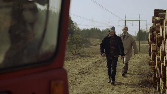Aktoriai G. Savickas ir A. Sakalauskas ragina atsargiai elgtis prie aukštos įtampos laidų