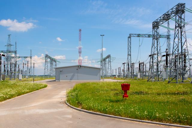 Elektros perdavimo tinklą sustiprins nauja linija