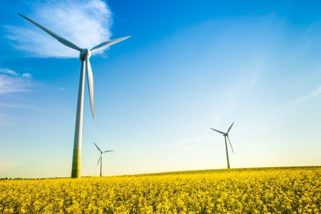 2016 m. prie perdavimo tinklo prijungta rekordinė vėjo parkų galia